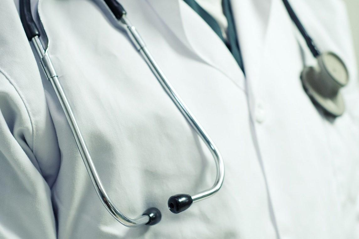 Felix M'Bappe explique pourquoi devenir médecin généraliste